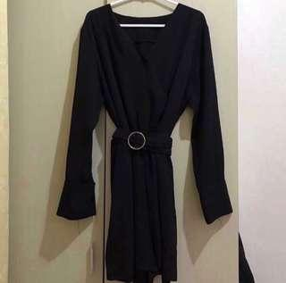 jumpsuits hitam
