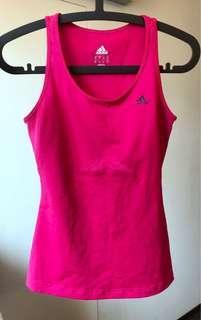 Adidas運動背心。愛迪達桃紅色背心。climacool系列。尺寸S✨很新✨瑜伽背心