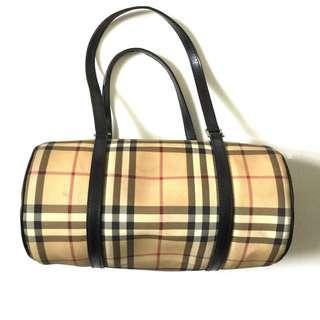 FASTBREAK SALE: Vintage Authentic Burberry Barrel Bag