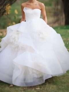 🚚 Vera Wang Katherine Wedding Gown