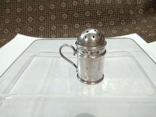 UK Antique 1904 Sterling Silver Salt Shaker/ Condiment Container/ Cruet Stand, Birmingham English, C.H (Charles Harold & Co), 6.1g, 2cm Dia, 3.5cm H, 3.2cm W, Full UK Hallmarks (英國古董純銀鹽罌/糖罐/香料瓶 實用+裝飾擺設) www.silvercollection.it/englishsilvermarksXCDUE.html