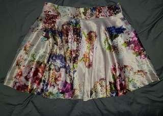 Ladies size 12 flowing skirt