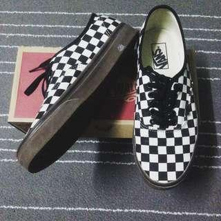 4237cfe1db Vans authentic checkerboard