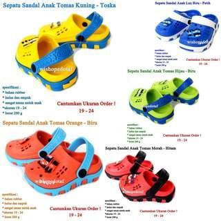 Sandal Crocs Anak Tomas