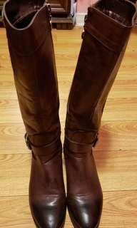 Leather boots size 38