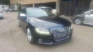 Audi S5 4.2A 2011