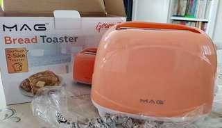 Mag 2-Slice Bread Toaster 700W $10