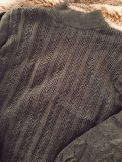 New cable knit wool sweater