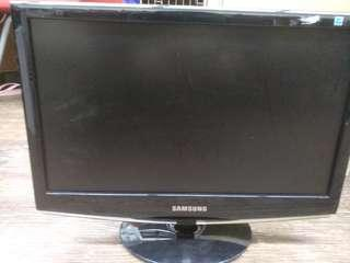 19 and 17 inch monitors for sale