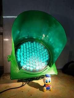 現役~鋁製品.110電源~(很大~單顆單燈不含燈罩直徑就超過30公分)~紅.黃.綠任選