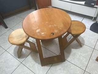 台北免運費。圓實木折疊桌椅組