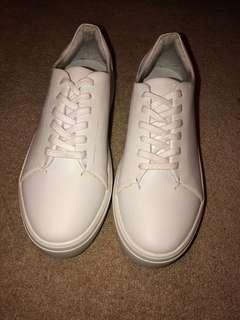 DLG platform white sneakers