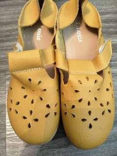 BN St Louis Leather Mustard Yellow Shoes