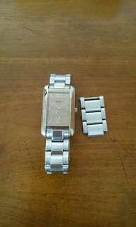 Pre-owned Kenneth Cole watch