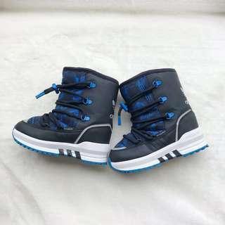 🚚 Adidas 男童PrimaLoft戶外防水高筒靴 🎈九五新 🎈16.5cm
