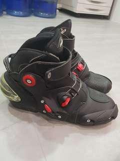 Sidi Street Boots. RARE. Condition 9.5/10