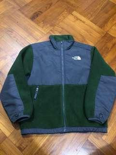 The North Face boy M size Garcons