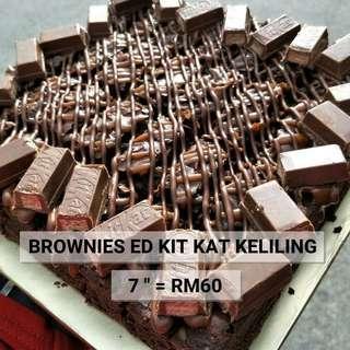 BROWNIES ED KITKAT KELILING