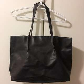 Saks fifth avenue black tote bag
