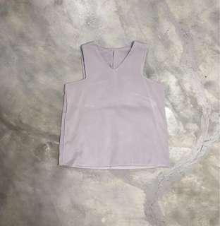 cut in sleeveless top in lilac