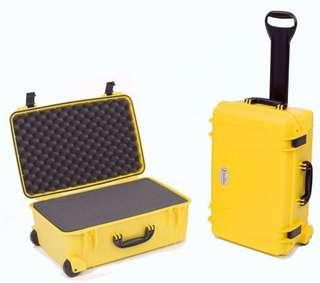 🚚 Seahorse SE-920 Protective Case WITH Foam Yellow