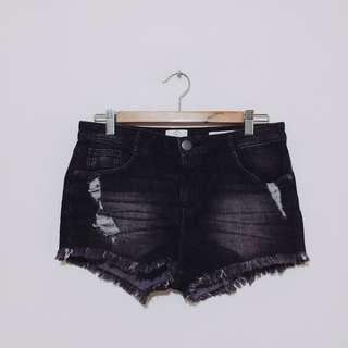COTTON ON BLACK RIPPED SHORTS