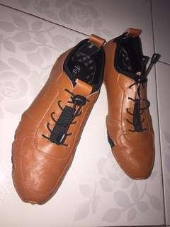 Sepatu kulit formal-casual like new