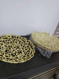Metallic gold plated bowl deco