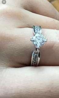 鑽石戒指 LEO DIAMONO尊門店$48000 蝕讓$18800