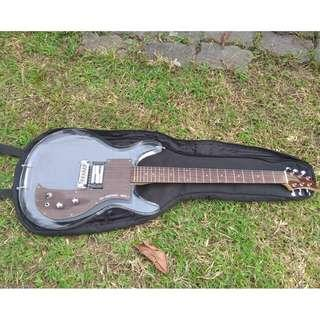 Guitar Ampeg Dan Armstrong with Alumitone Low Boy