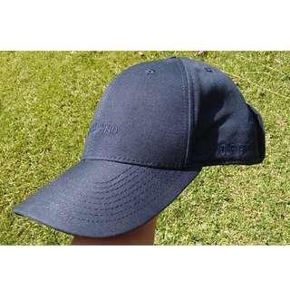 worryland goggle cap