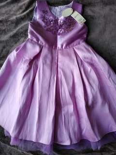 Girl Dress beautiful 6-7Y