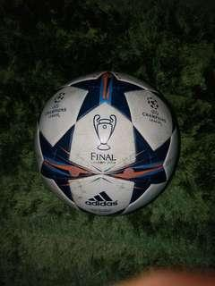 Adidas Champions League Soccerball
