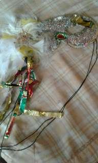 Halloween masquerade mask   Fots all head sizes as theres an elastic band to tie behind  Shiny trails of colourful streamers on the right   Pick up hougang buangkok mrt  Or add $1 for postage