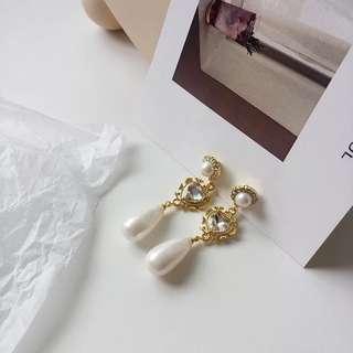 水滴珍珠耳環(925銀針)