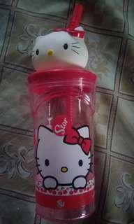 Hello kitty with straw