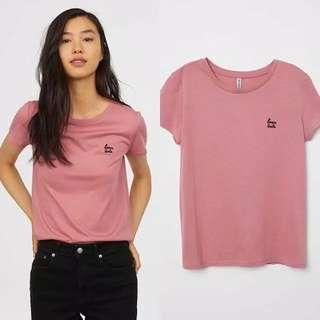 H&M lovers unite pink patch tee