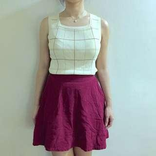 Beige sleeveless top and red skirt. Weekend ootd