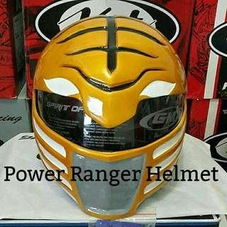 Power Rangers helmet with dot approved