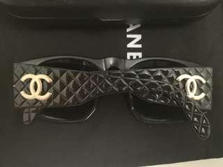 Authentic Chanel Sunglasses 😎