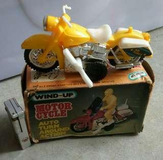 Mainan vintage