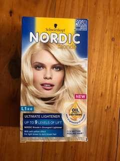 Nordic blonde hair dye