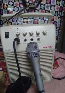 教學伴唱機(含麥克風)