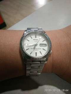 Jam Tangan Pria Seiko 5 Automatic 21 jewels