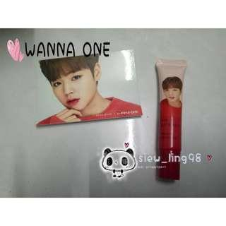 [Ready Stock] Wanna One x Innisfree Lipbalm