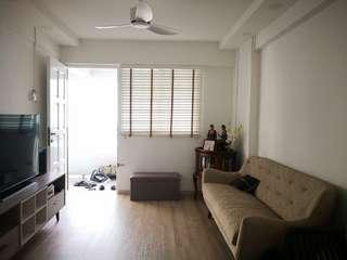 Custom made venetian blinds