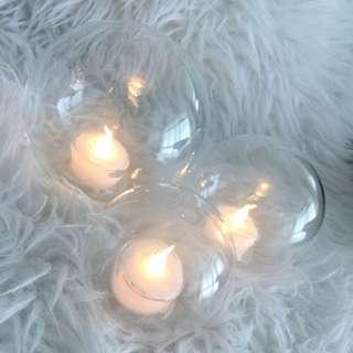 LED tea lights (excellent xmas deco)