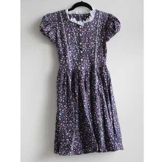 Vintage button up dress (Price negotiable)