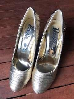 Barbie high heels shoes (Gold)