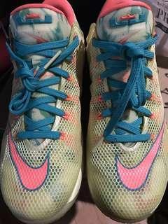 Nike Lebron 12 low Palmer size 9